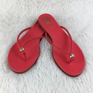 VINCE CAMUTO Thong Style Size 7 1/2 Sandals. EUC.